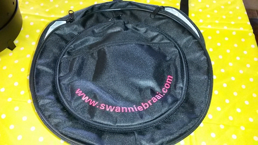 Swanniebraai Cooler & Carrybag